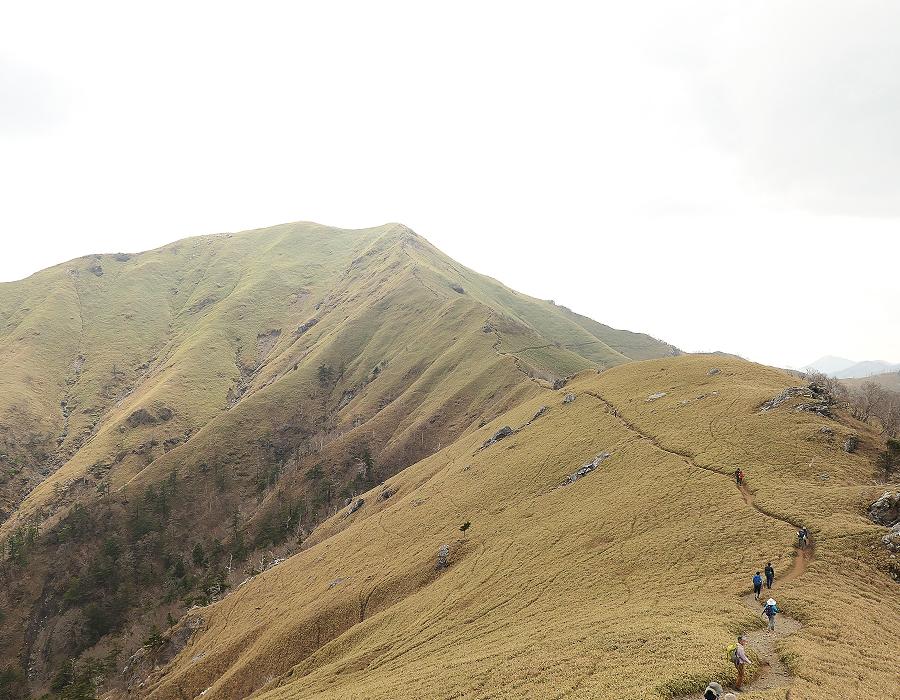 四国 剣山へ。