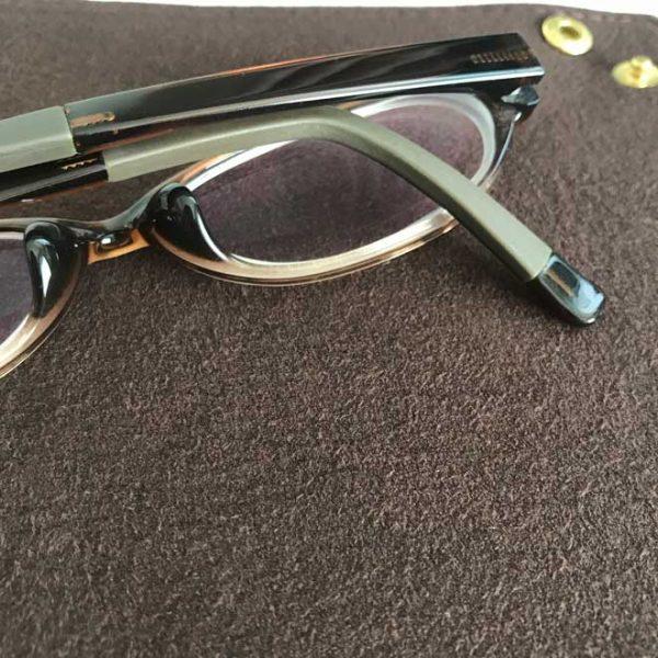 旅に持って行きたくなるトラベル レザートレイの使い方 眼鏡拭きとしても使えるボンセーヌ使用